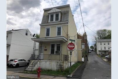 426 N Delaware Avenue - Photo 1