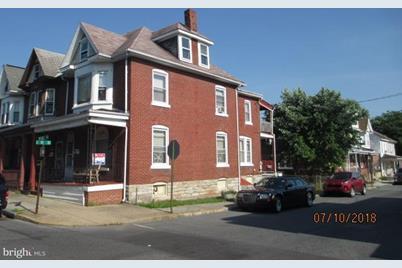 1022 Walnut Street - Photo 1