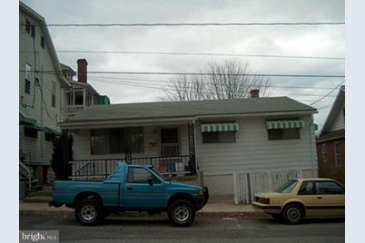 218 Burd Street E - Photo 1