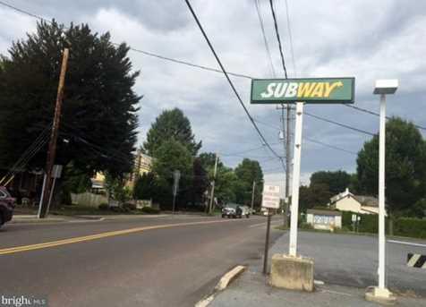 137 W Main Street - Photo 5