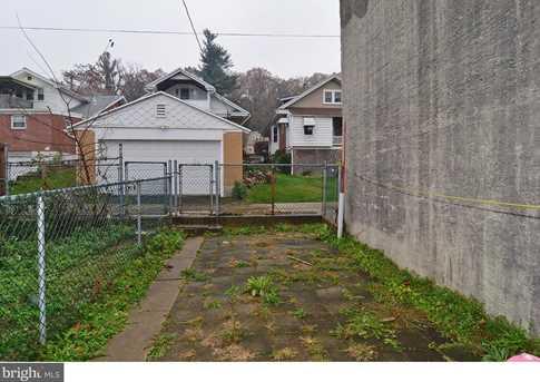 2246 Woodvale Avenue - Photo 17