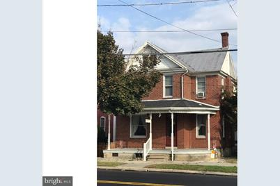 127 E Penn Avenue - Photo 1