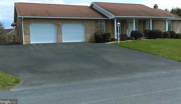 3558 Turnberry Drive - Photo 1
