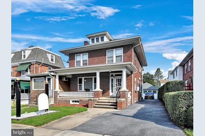 2105 Penn Avenue - Photo 1