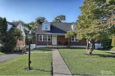 4525 Clarendon Street - Photo 1