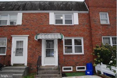 2459 Harris Terrace - Photo 1