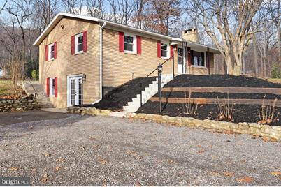 5371 Charlestown Road - Photo 1