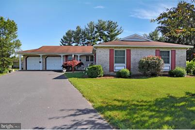 450 Colonial Drive - Photo 1