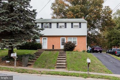 207 E Cottage Avenue - Photo 1