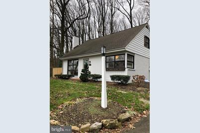 2832 Spring Valley Road - Photo 1
