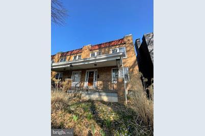 549 Burrowes Avenue - Photo 1