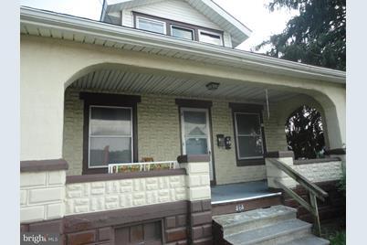 464 W Penn Avenue - Photo 1