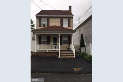 217 N Center Street - Photo 1