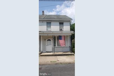 75 Washington Street - Photo 1