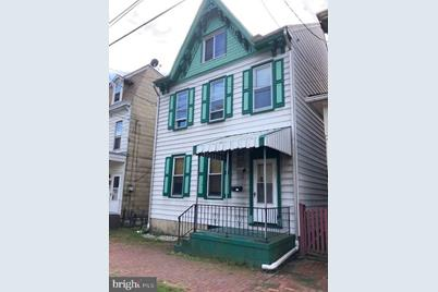 209 Pike Street - Photo 1