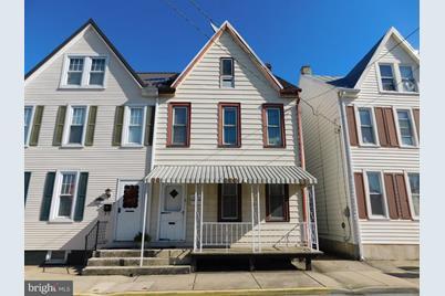 1151 N Duke Street - Photo 1