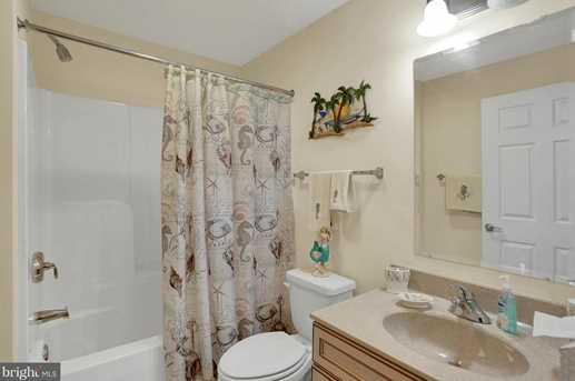 103 Irving Ave #401 - Photo 13