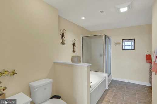 103 Irving Ave #401 - Photo 11