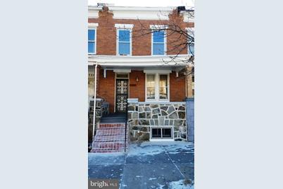 2729 Ashland Avenue - Photo 1