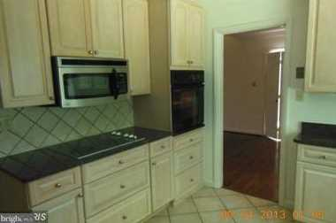 8912 Spring Valley Road - Photo 5