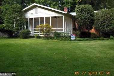 8912 Spring Valley Road - Photo 3