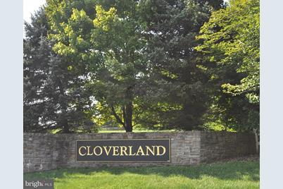 4007 Cloverland Drive - Photo 1