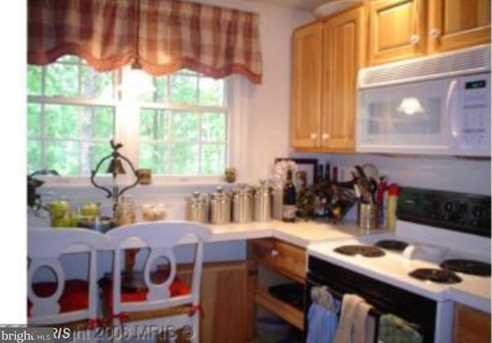 710 Lakeview Parkway - Photo 3