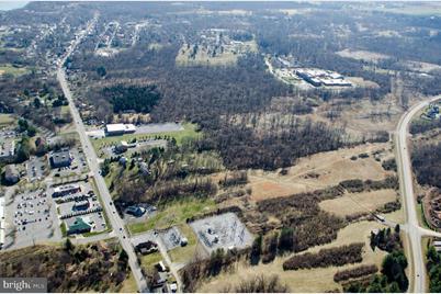 7948 Martinsburg Pike - Photo 1