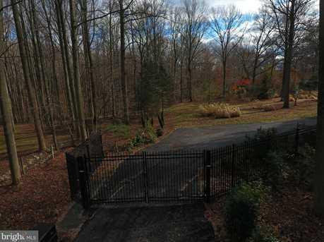 11611 Woodland Drive - Photo 5
