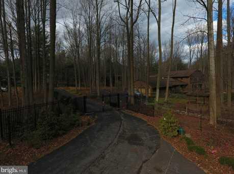11611 Woodland Drive - Photo 3