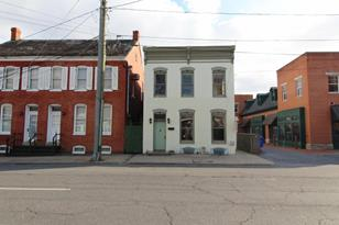 8 4th Street W - Photo 1