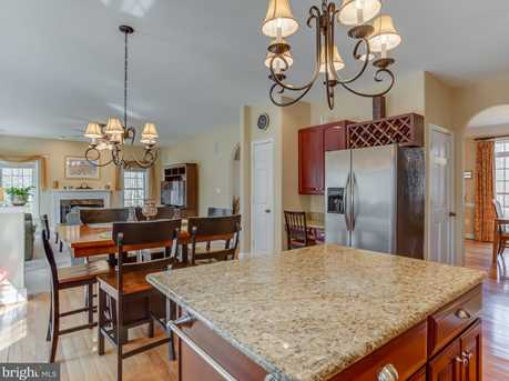 8352 Forest Grove Court - Photo 5