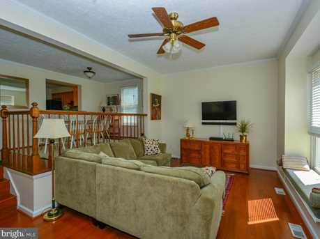 6142 Cedar Wood Drive - Photo 3
