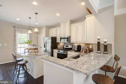 8214 Secluded Cove Ln - Photo 5