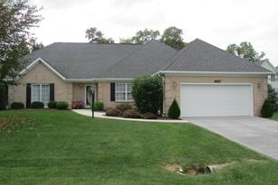 379 Turnberry Drive - Photo 1
