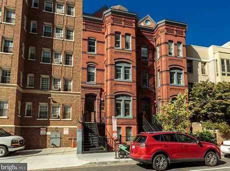 1451 N Street NW #4 - Photo 25