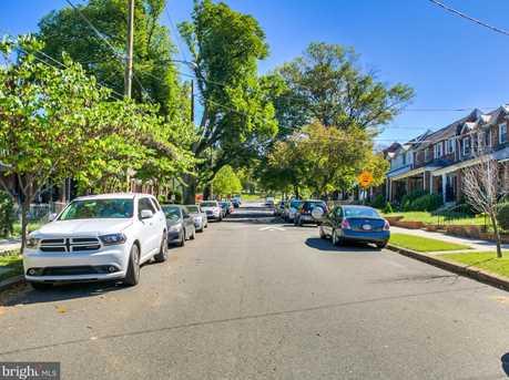 17 Buchanan Street NE - Photo 3