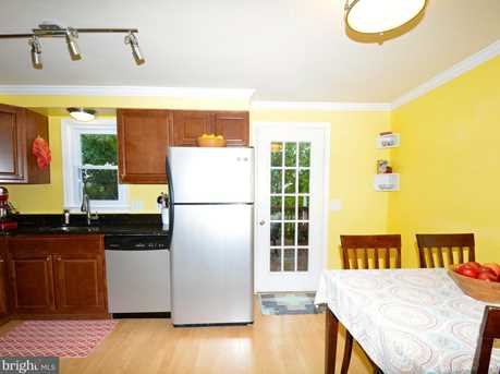 2049 Lincoln Street S - Photo 7