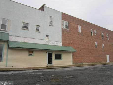 413 W Main St - Photo 5