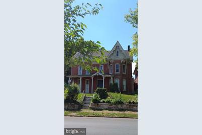105 Raleigh Street - Photo 1