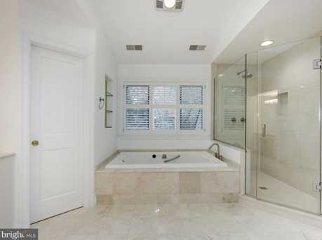 4433 Cathedral Avenue NW - Photo 21