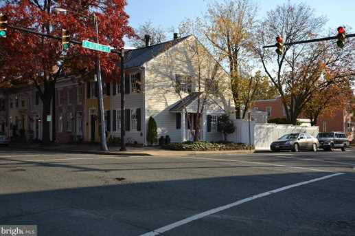 826 Duke Street - Photo 1