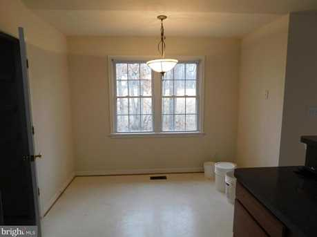 4100 Lakeview Parkway - Photo 5