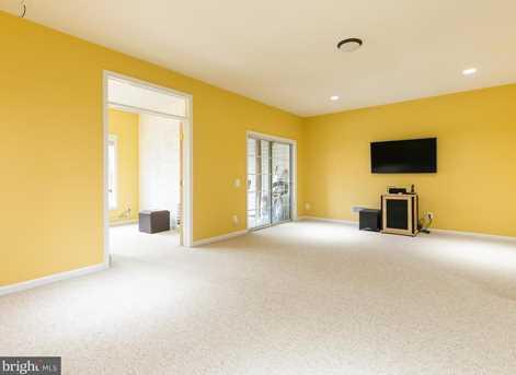 22710 Dexter House Terrace - Photo 19
