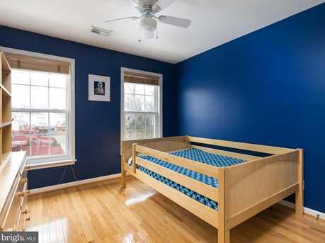 22710 Dexter House Terrace - Photo 15
