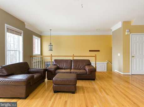 22710 Dexter House Terrace - Photo 9