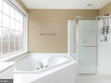 22710 Dexter House Terrace - Photo 11
