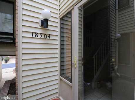 18504 Locust Point Court - Photo 1
