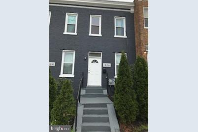 526 NW Hobart Place NW - Photo 1