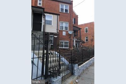 550 SE Malcolm X Avenue SE #3 - Photo 1